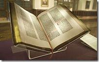 200px-Gutenberg_Bible,_Lenox_Copy,_New_York_Public_Library,_2009__Pic_01